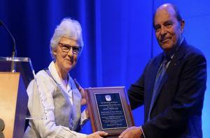 Volunteer of the Year Award 2016