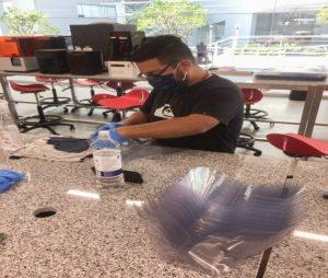 Perú - Equipo de protección personal para trabajadores de la salud – Universidad Peruana de Ciencias Aplicadas (UPC)